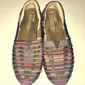 TOMS Tribal Aztec Slip On Flats - Girls